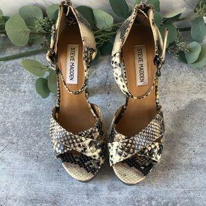 Steve Madden snakeskin Rubi heeled sandals size 6